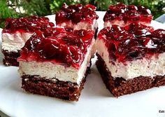 Meggyzselés, tejszínes-túrókrémes kocka Hungarian Recipes, Hungarian Food, Brownies, French Toast, Cheesecake, Cooking Recipes, Cookies, Breakfast, Sweet