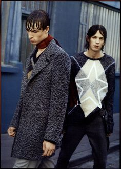 Tricot pull and an ice-grey trousers from Dondup Fall15 Men's Collection - GQ ITALIA