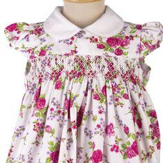 Vestido infantil estampado com bordado casinha de abelha da nova coleção da Maison Baby primavera/verão 2015