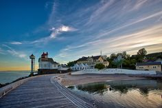 Filtvet lighthouse by Torehegg, via Flickr