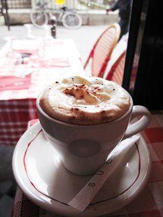 Coffee break in Paris