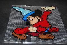 Post with 19 views. The Sorcerer's Apprentice! Perler Beads, Fuse Beads, Melt Beads Patterns, Beading Patterns, Disney Diy, Disney Magic, Pixel Art, Perler Bead Disney, The Sorcerer's Apprentice