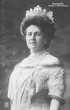HM The Queen of Württemberg (1864-1946) née Her Serene Highness Princess Charlotte of Schaumburg-Lippe