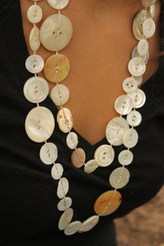 Extra Long Antique Mother of Pearl Button Necklace Strung on Silk Mother Of Pearl Necklace, Mother Of Pearl Buttons, Dainty Necklace, Pearl Necklaces, Old Jewelry Crafts, Recycled Jewelry, Handmade Jewelry, Unique Jewelry, Button Jewellery