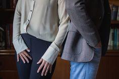 Photography by 2Afora / Mario & Karen / www.doisafora.com  #prewedding #wedding #couple #lovers #details #londrina #precasamento #casais #ensaio #modelos #eyes #smile #sorriso #ensaio #escritorio #office #biblioteca #library