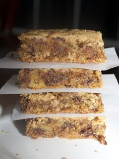 Four Ingredients Lazy Heath Bars. OMG.