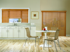 Best Photographs Vertical Blinds design Thoughts Blinds are one of typically the most popular window treatments available on the market. Sliding Door Window Treatments, Sliding Door Blinds, Custom Window Treatments, Sliding Glass Door, Window Coverings, Vertical Blinds Cover, Horizontal Blinds, Floor To Ceiling Windows, Blinds For Windows