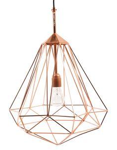 Lumière sur cette suspension diamant au design séduisant.Suspension Diamant, Home Autour Du Monde,220 €    www.bensimon.com...