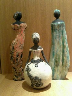 Raku Pottery, Pottery Sculpture, Ceramic Figures, Clay Figures, Sculptures Céramiques, Sculpture Art, Cement Art, Black Art Pictures, Art Africain