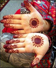 cute and simple finger design Mehndi Design or Henna Tattoo for Kids Mehandi Designs For Kids, Mehndi Designs For Beginners, Eid Mehndi Designs, Modern Mehndi Designs, Mehndi Designs For Fingers, Mehndi Design Pictures, Latest Mehndi Designs, Beautiful Henna Designs, Henna Tattoo Designs
