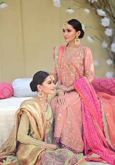 Pakistani Fashion Party Wear, Pakistani Couture, Pakistani Dresses Casual, Indian Gowns Dresses, Pakistani Bridal Wear, Indian Fashion, Bridal Dresses, Stylish Dress Designs, Stylish Dresses