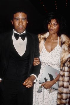 PAM GRIER & RICHARD PRIOR | VINTAGE BLACK GLAMOUR & GRACE - 1977 Black History Album: The Way We Were. 100 Years of African American Vintage Photography from the end of slavery in the 1860′s to the Black Power Movement of the 1960s and beyond....