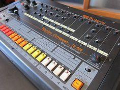 Roland TR-808 Vintage Drum Machine