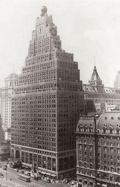 1916 Paramount Building