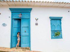 Greek House, Colombia Travel, Vintage Industrial, Places, Photoshoot, Selfie, Ideas, Doors, Barichara