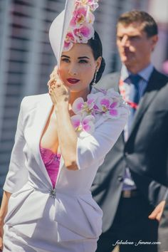 The divine Dita at the Melbourne Cup 2013 Dita Von Teese Wedding, Dita Von Teese Style, Kentucky Derby Outfit, Ascot Outfits, Derby Outfits, Races Fashion, Fashion Show, Ladies Day Outfits, Dita Von Tease