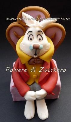 the protagonists of Alice in Wonderland  Cake by PolverediZucchero