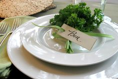 Here is an easy place-setting idea for your Passover table that can be put together in a manner of minutes. It couldn't be simpler or more appropriate for Passover. Passover Recipes, Jewish Recipes, Passover 2015, Place Settings, Table Settings, Rosh Hashanah, Decoration Table, Tablescapes, Messages