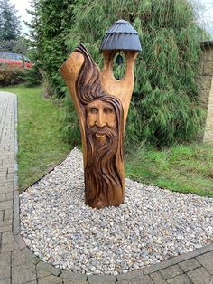 Chainsaw Carvings, Wood Sculpture, Wood Carving, Garden Art, Wood Projects, Creations, Amazing, Design, Rustic Lanterns