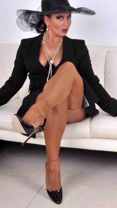 donne maturein leggins