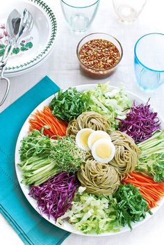 Jaengban Guksu (Korean Cold Noodles and Vegetables) | via Korean Bapsang