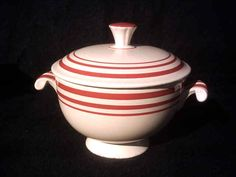 Rare vintage c. 1936 red-striped Fiesta© covered onion soup bowl