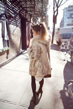 with faux fur //