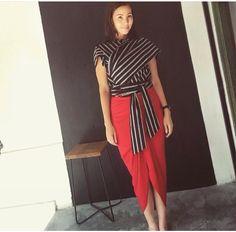 Modern Lurik Batik by Lulu Lutfi Labibi Kebaya Lace, Batik Kebaya, Kebaya Dress, Blouse Dress, Batik Fashion, Red Fashion, Ethnic Fashion, Fashion Outfits, Blouse Batik