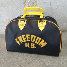Details about Tommy Hilfiger Varsity Nylon Duffle Sports Bag Corporate Blue Black show original title