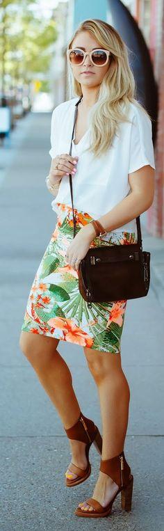 Tropical Print Skirt Streetstyle # #Cara Loren