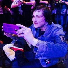 I bet you he's looking at photos of dogs