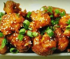 After Vegetable noodles here is another Indo Chinese recipe - Gobi (Cauliflower) Manchurian . Indo-Chinese because it's not an authen. Veggie Dishes, Lunch Recipes, Vegetable Recipes, Salad Recipes, Vegetarian Recipes, Dinner Recipes, Healthy Recipes, Side Dishes, Sprout Recipes