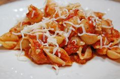 Pesto and Crushed tomato shells....3 ingredients....15 minutes