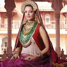 A A I N A - Bridal Beauty and Style: The Accessorized Bride: Art Karat's Begum Collection