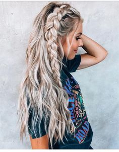 Dutch Braid Tutorial for 2019 Latest Season 2019 Dutch Braid Tutorial; Half-up Dutch Braid; Ponytail with Dutch Braid;Hairstyles For braiding Dutch Braid Hairstyles Summer Hairstyles, Pretty Hairstyles, Easy Hairstyles, Hairstyle Ideas, Braid And Curls Hairstyles, Braid Hairstyles For Long Hair, Side Braids For Long Hair, Boho Hairstyles For Long Hair, Festival Hairstyles