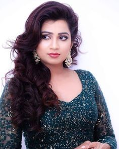 Shreya Ghoshal is an Indian playback singer. Beautiful Girl Indian, Most Beautiful Indian Actress, Beautiful Girl Image, Beautiful Hijab, Beautiful Gorgeous, Beautiful Actresses, Beautiful Heroine, Hot Actresses, Beauty Full Girl
