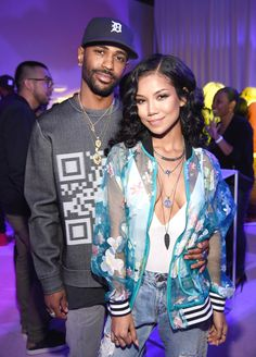7/2016: Big Sean and Jhené Aiko keep the PDA going on the 4th of…
