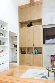 A built in cat post