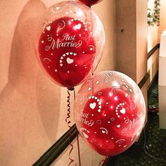 #nicheevents #all_shots #balloons #weddingballoons #doublebubbleballoons #justmarriedballoons #redballoons #justmarried #Bride #display #eventstylists #followme #gettingmarried #hearts #instawed #instabride #instawedding #instafollow #love #like4like #lov