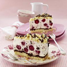 Kirsch-Stracciatella-Torte Rezept | LECKER