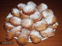 Gogosi pufoase Romanian Food, Dessert Recipes, Desserts, Pretzel Bites, Sweet Tooth, Sweets, Bread, Baking, Foods