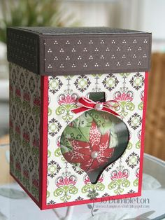 inspiration:  'Christmas is Coming' ornament box - love the presentation!