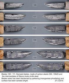 Tässä nyt nuo aiemmin kuvatut terät mustattuina. Tehty Parkerisoinnilla, jossa pintaan tulee mangaanidioksidi kiteitä. Ne ovat öljyttyinä aivan mustia. Mustauksen jälkeen pinnat hiottu erittäin hienolla hiomapaperilla niin että kuvio tulee näkyviin. Valokuvassa mustauksen vaikutus on vaikea kunnolla havaita, mutta luonnossa kädestä tarkastellen se näkyy erittäin hyvin. Kahvat ovat vasta aihioina, mutta kesän myötä ainakin näistä useimmista tullenee puukko.