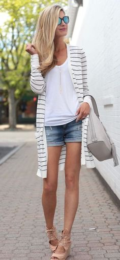 SUMMER OUTFIT IDEAS WITH A LONG STRIPED CARDIGAN