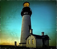 Yaquina Head Lighthouse by Thom Zehrfeld on 500px