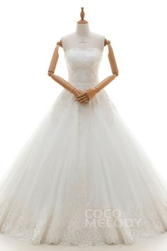 Dreamy A-Line Sweetheart Natural Court Train Tulle and Lace Ivory Sleeveless Lace Up-Corset Wedding Dress with Appliques LD4225#Cocomelody#weddingdresses#bridalgown#