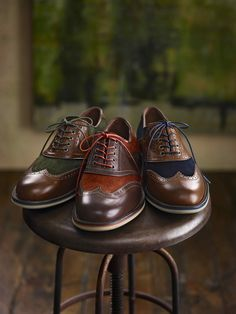 The Ellington Wingtip in rich, fall colors. #johnstonmurphy