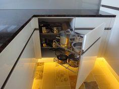 Küchen Design, Closet Storage