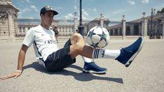 Freestyler de fútbol: 'Freestyle': el sueño de ganarse la vida dando toques al balón | Blog Diario de España | EL PAÍS Soccer Ball, Sports, Blog, Photos, Life, Hs Sports, Pictures, European Football, Blogging