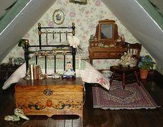 Carolyn's Little Kitchen: First Dollshouse - Bedroom